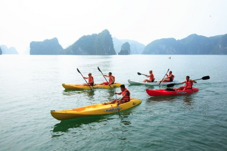 Kayaking - Bai Tu Long Bay